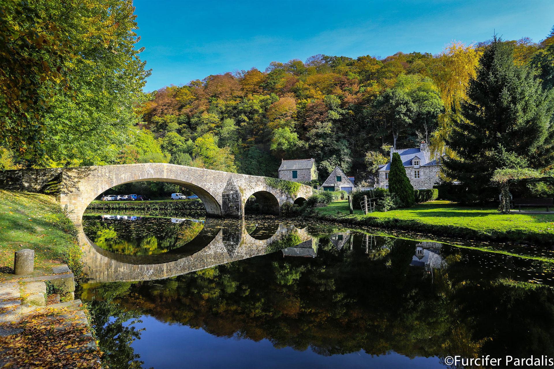 Pont en pierre de Léhon